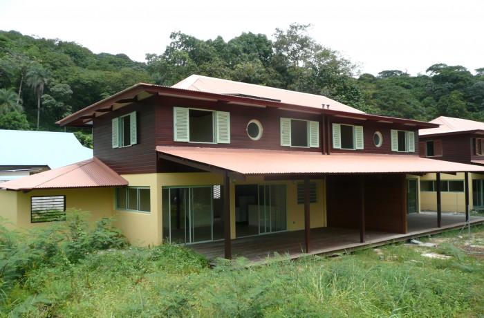Quatre logements